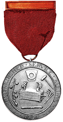 Distinguished service medal in silver